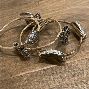 Gold/silver bangles